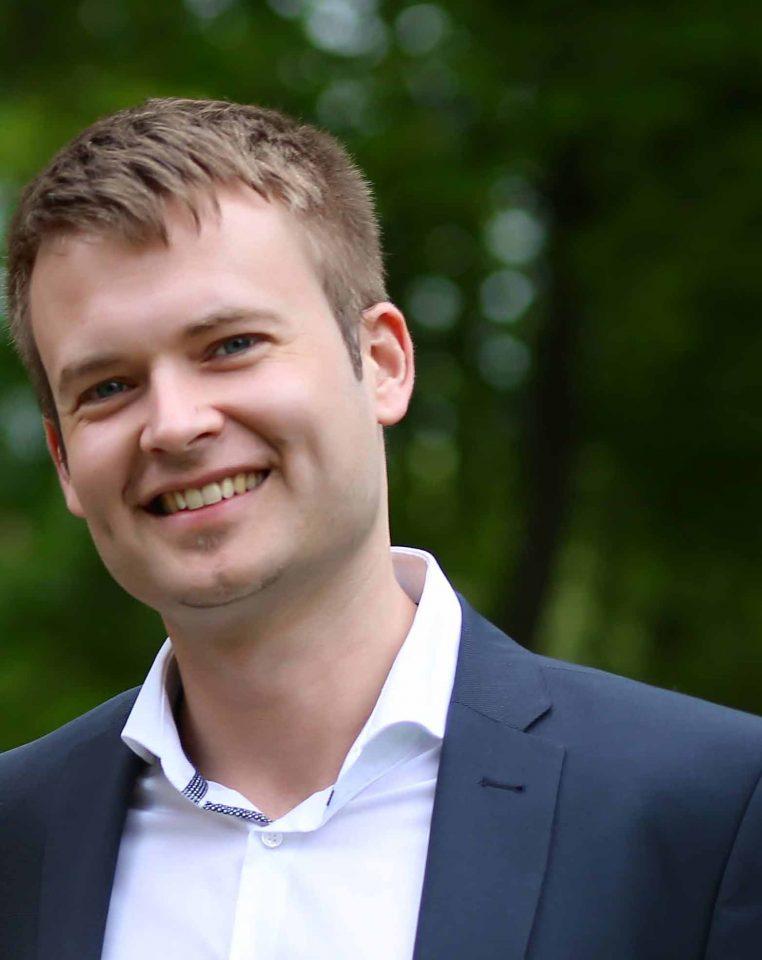 Projektleiter Tjark Hartmann - Deutsche Glasfaser